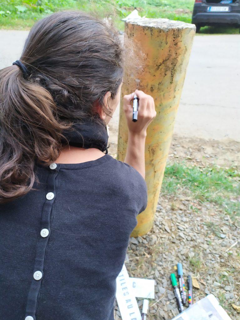 En pleine création de jolies lettres pour Mission secrète à Aubange (explore game à vélo)