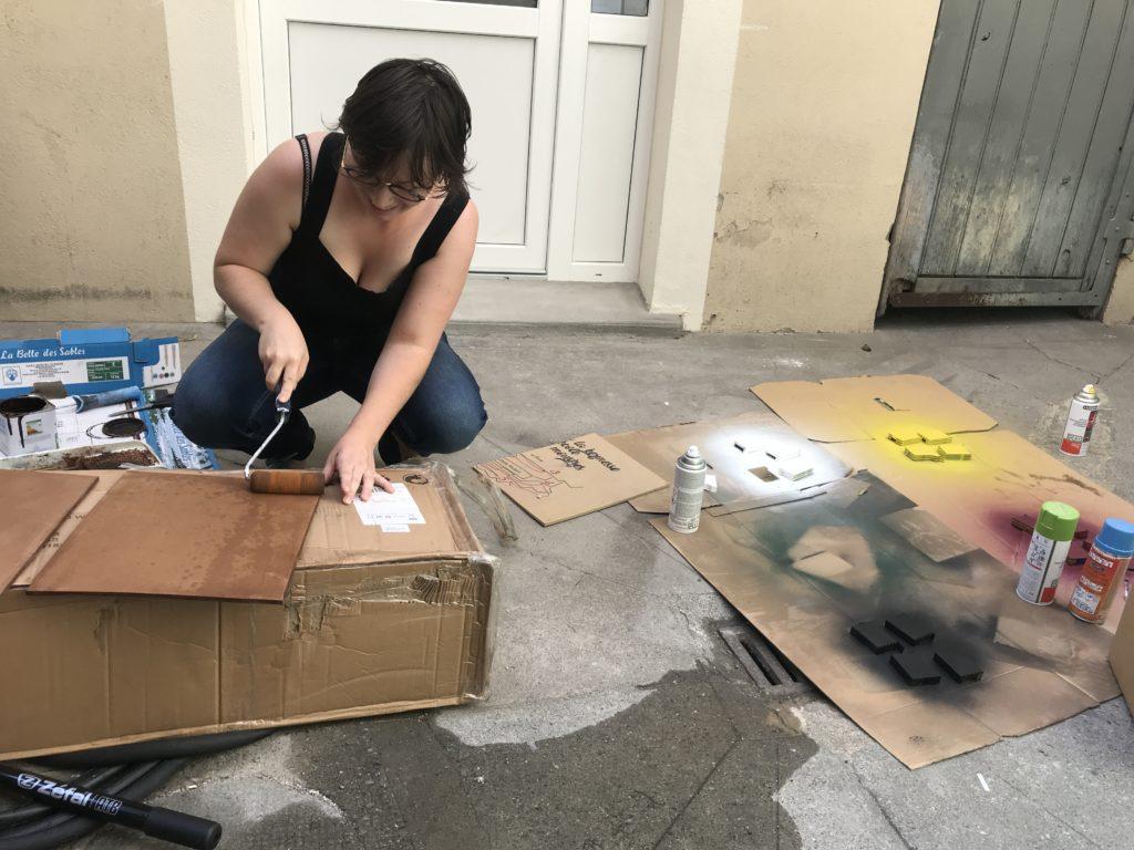Peindre, découper, bidouiller... le quotidien de créatrices d'escape games